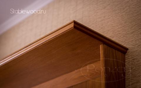 шкаф-вешалка 2